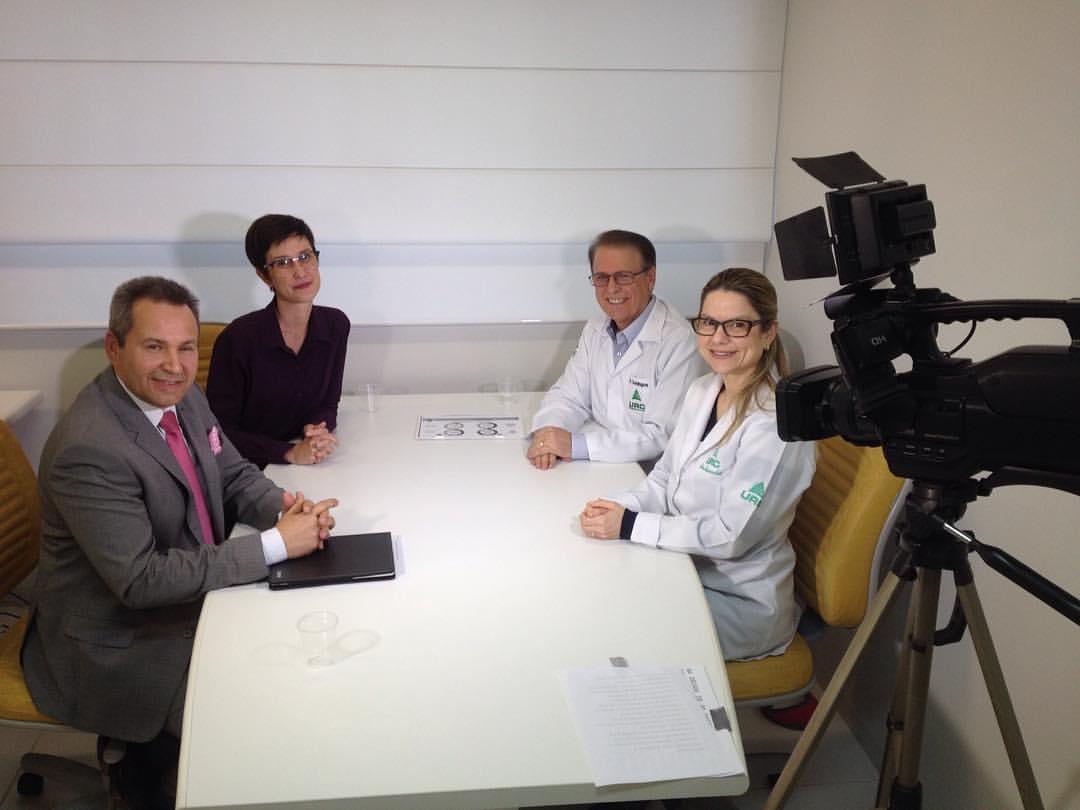 Outubro Rosa e Câncer de Mama é tema gravado na URC para o Programa Pergunte ao Doutor